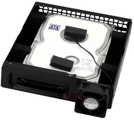 Bett von Schaumstoff - Neuer HDD-Kühler von Arctic Cooling